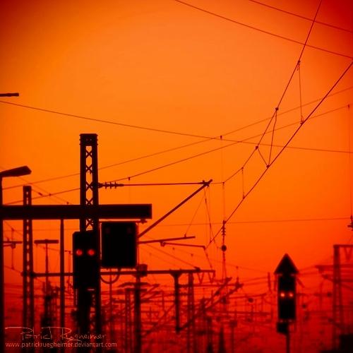 sunset bleak - surreal-energy-III - patrickruegheimer.deviantart.com